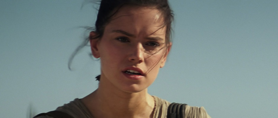 Daisy-Ridley-as-Rey-in-The-Force-Awakens
